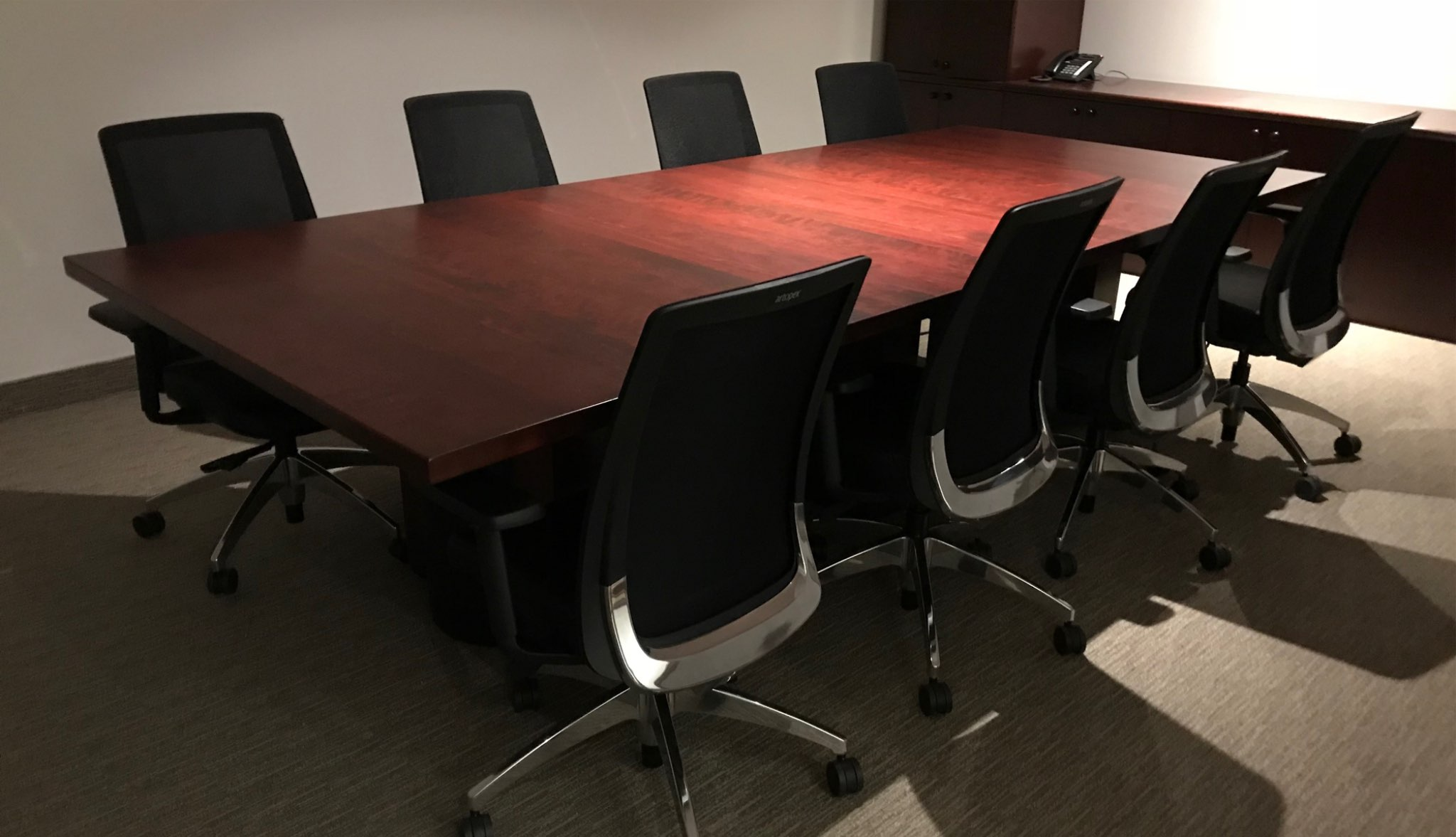 tables de conf rence signature st phane dion. Black Bedroom Furniture Sets. Home Design Ideas
