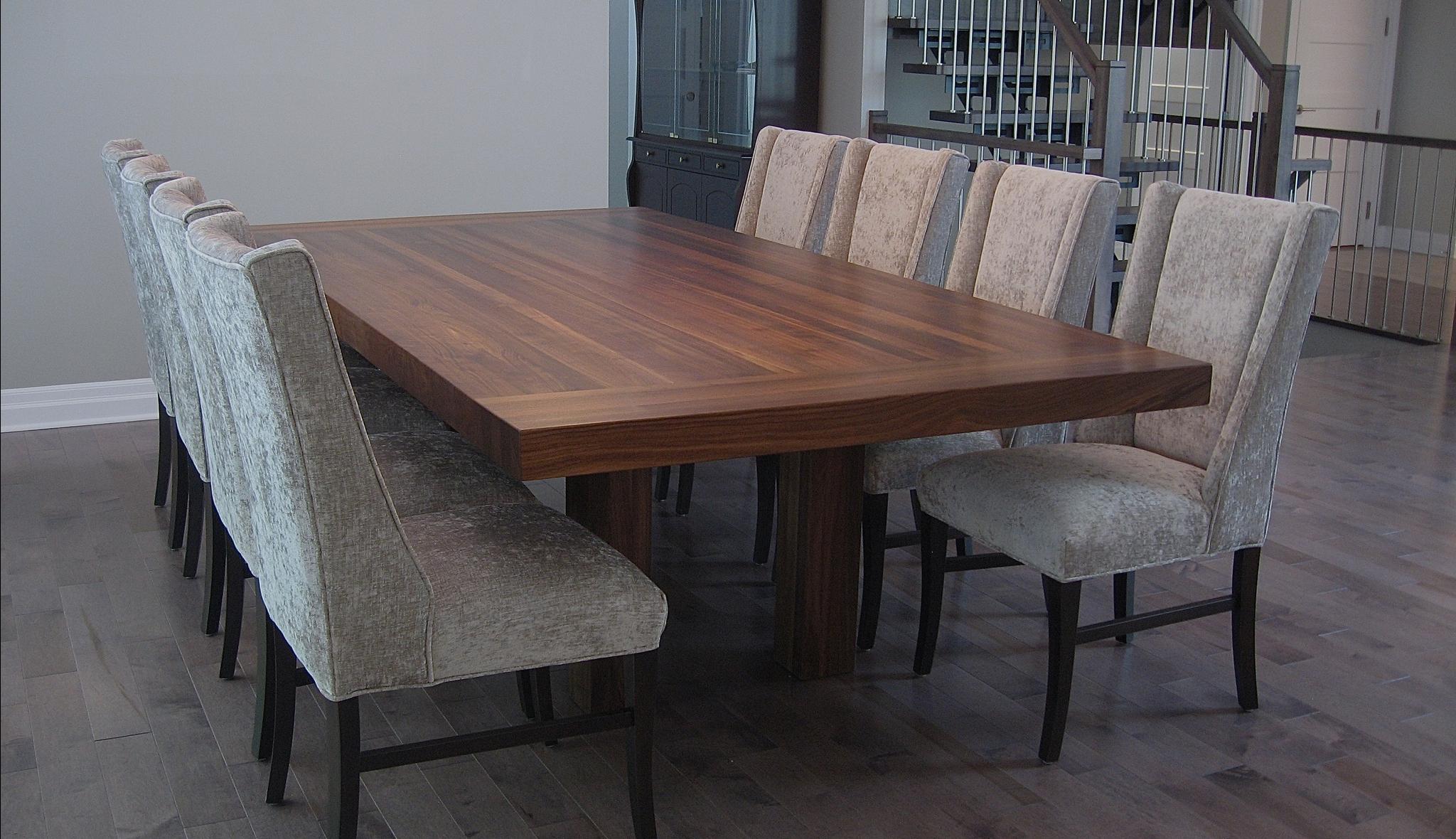 Table des maîtres en bois