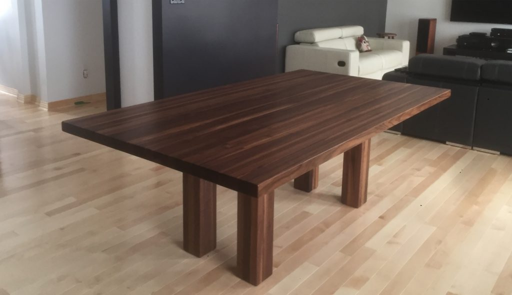 table en bois brut latest table bois comment peindre une table en bois brut table basse bois. Black Bedroom Furniture Sets. Home Design Ideas