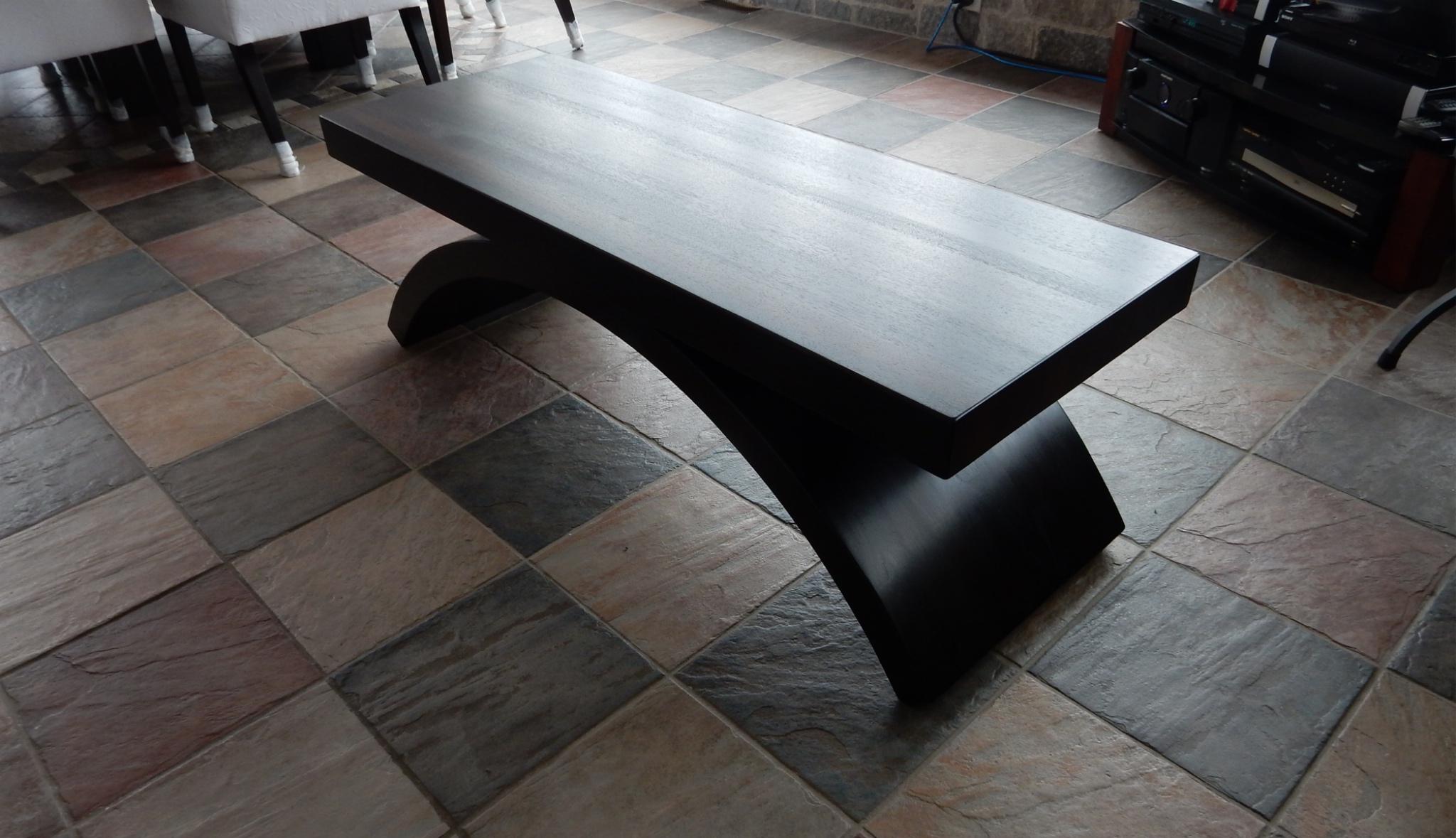 Salon signature st phane dion - Table salon noire ...