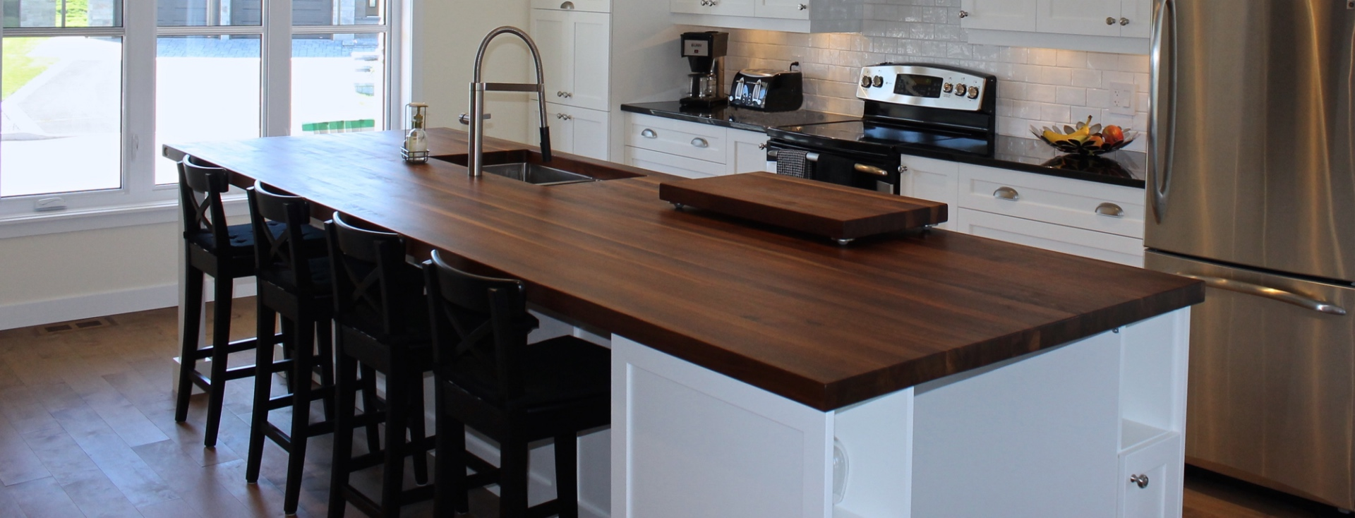 fabrication ilot central perfect ilt central with fabrication ilot central top good. Black Bedroom Furniture Sets. Home Design Ideas