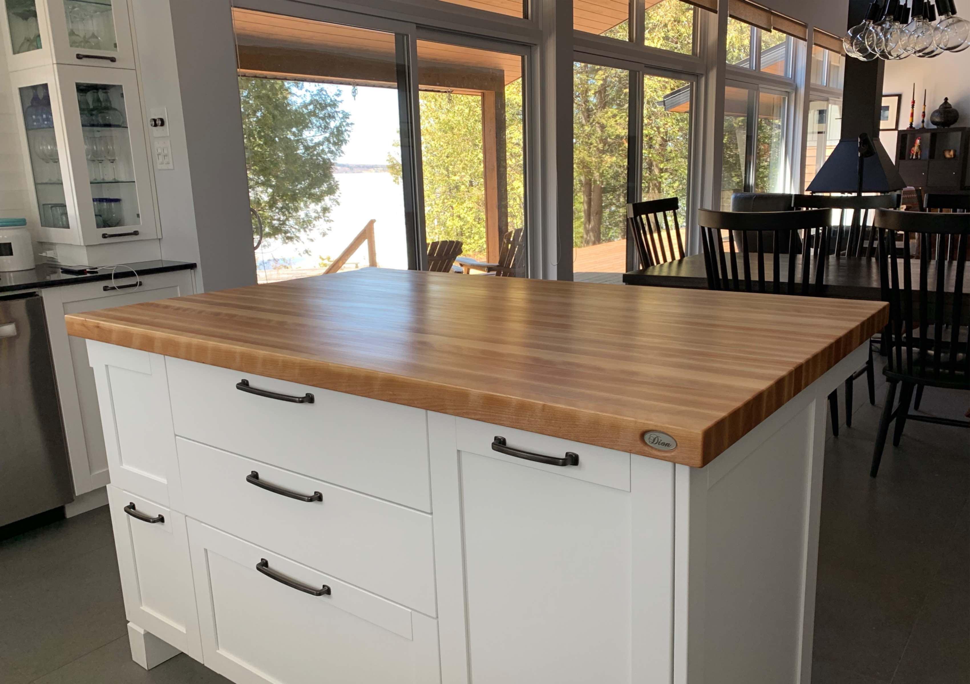 Ilot Central Et Table table en bois, comptoir, bloc de boucher et ilôt de cuisine